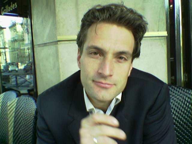 Vincent Roger, co-founder &  MD Mobibase